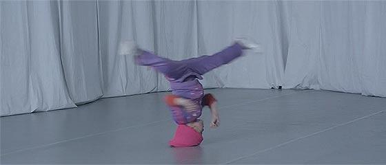 【動画】ブレイクダンスが超絶上手い弱冠6歳の少女B-Girl Terraによる、切れ味鋭いダンスパフォーマンスが凄い