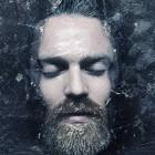 【PV】どうやって撮ってるの?!凍った氷の中から姿を現し、春・夏・秋・そして冬へと移り変わる四季を表現した Chet Faker による音楽PV『 Talk Is Cheap 』
