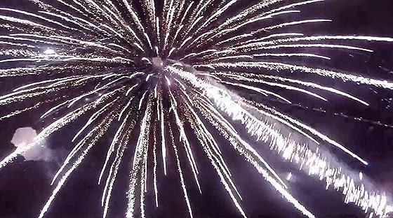 niks-2014-fireworks-in-tokushima2