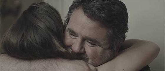 【動画】呼び鈴にも出ない、呼びかけにも応じない可愛い娘のために、父親がしてあげた事とは?PROMART HomecenterによるCM動画『The Perfect Daughter』がとっても感動的!