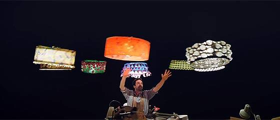 【動画】ランプシェードがまるで生きているかの様に踊り出す?!ディズニー映画を彷彿とさせる、人間とクアッドコプターの競演を収めた映像作品『 SPARKED 』