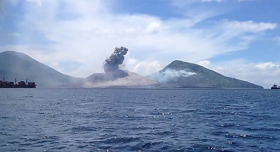 volcano-eruption-in-papua-new-guinea2
