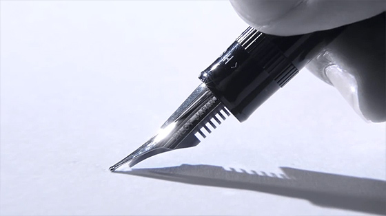 PILOTが出した万年筆の新製品『 ジャスタス95 』の書き味を紹介する動画が素晴らしい【動画】3