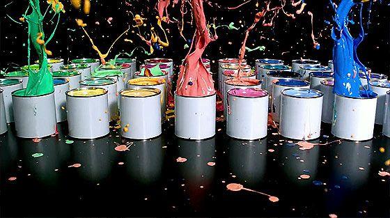 乱れ飛ぶインクが美しいSONYのCM『Bravia W9 Triluminos』3