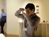 指のジェスチャーで構図を決めて、そのまま撮影できるカメラ『Ubi-Camera (ユビカメラ)』1