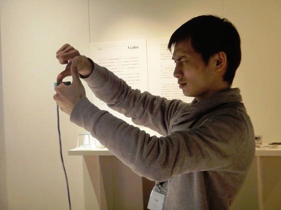 指のジェスチャーで構図を決めて、そのまま撮影できるカメラ『Ubi-Camera (ユビカメラ)』4