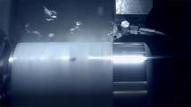 最先端の工場で製造・組み立てされる、AppleのMac Proの製造風景を収めたプロモーション映像3