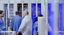 最先端の工場で製造・組み立てされる、AppleのMac Proの製造風景を収めたプロモーション映像5