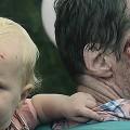 【動画】何度見ても泣ける…妻を失い自らもゾンビに変貌しつつある父親が、愛娘を守るためにとった手段とは?恐ろしくも悲しいゾンビストーリー『 CARGO 』
