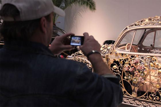 メタルアーティストが制作した1品もののフォルクスワーゲン・ビートルが、あまりにも流麗すぎて凄い!13