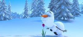 ディズニー『FROZEN』予告動画では、トナカイと雪だるまの出会いを目にする事が出来ます2
