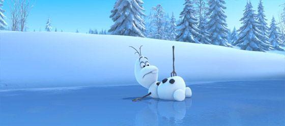 ディズニー『FROZEN』予告動画では、トナカイと雪だるまの出会いを目にする事が出来ます4
