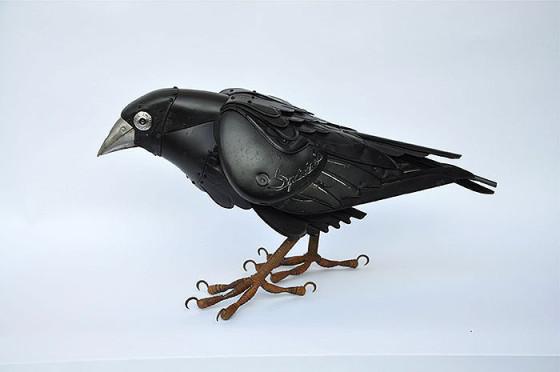 工業製品の廃材を組み合わせて作られた、とてもリアルでスチームパンクな生き物たちの彫刻作品1