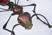 工業製品の廃材を組み合わせて作られた、とてもリアルでスチームパンクな生き物たちの彫刻作品12
