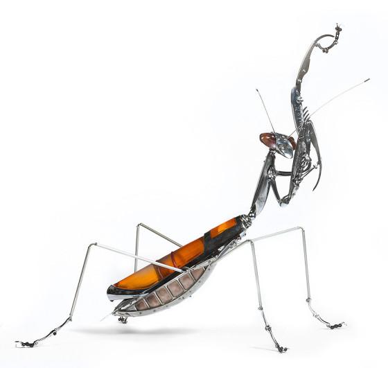 工業製品の廃材を組み合わせて作られた、とてもリアルでスチームパンクな生き物たちの彫刻作品14