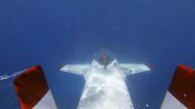 ビデオカメラ『GoPro』の、深い海の底でクジラの姿を捉えるキャンペーン動画2