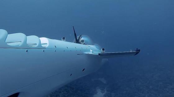 ビデオカメラ『GoPro』の、深い海の底でクジラの姿を捉えるキャンペーン動画5