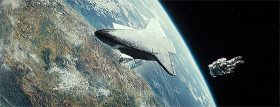 もしも無重力の宇宙空間へ放り出されてしまったら..?という映画『 GRAVITY 』の予告映像1