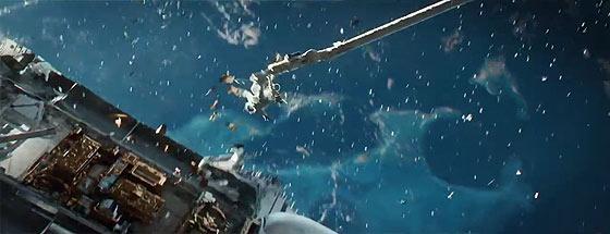 もしも無重力の宇宙空間へ放り出されてしまったら..?という映画『 GRAVITY 』の予告映像2