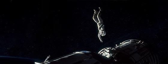 もしも無重力の宇宙空間へ放り出されてしまったら..?という映画『 GRAVITY 』の予告映像4