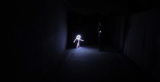これはカワイイ!けどコワイ!ハロウィンのコスプレで、子供を棒人間に変えてしまう発想がスゴイ!2