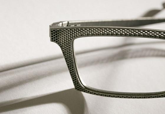 ベルギーのアイウェアブランド『 Hoet 』が3Dプリンターで作る、チタン製の眼鏡が凄い1