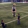 【動画】人力ヘリコプターで滞空時間を競うSikorsky賞を受賞した『AeroVelo』の奮闘が素晴らしい