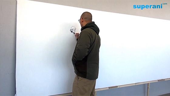 指先から紡ぎだされる、1枚の壮大なイラストレーションを描く様子を収めたタイムラプス映像1