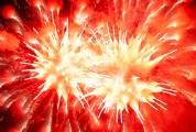 長時間露光とリフォーカスという技法で撮影した花火の画像が美しい9