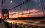 車のライトの軌跡が美しい、長時間露光で撮影した様々な大きさの壁紙素材『 16 Stunning Long Exposure Wallpapers 』-bright-night-sky