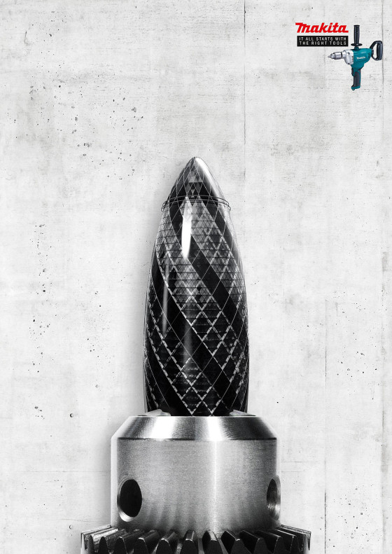 makita(マキタ)の電動工具は世界中で様々な建築を支えている事を暗示した、シンプルで力強いポスター広告2