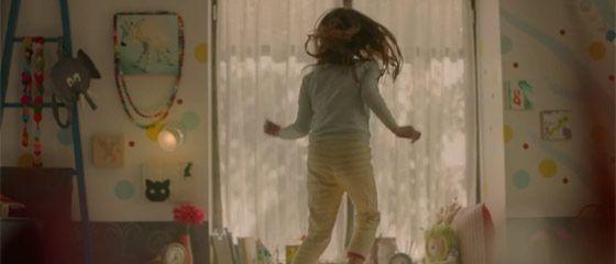 【動画】飛び跳ねる少女がとても可愛らしいOREOのCM (*´ω`*)