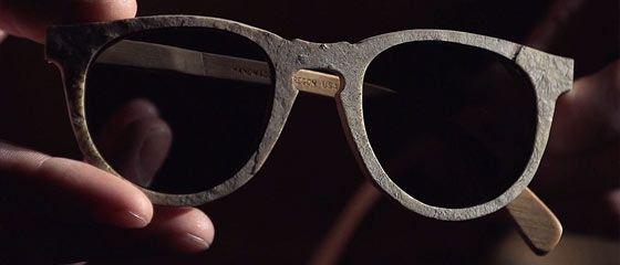 【動画】アメリカ・オレゴン州ポートランドで手作りされる石製の眼鏡の出来が素晴らしい