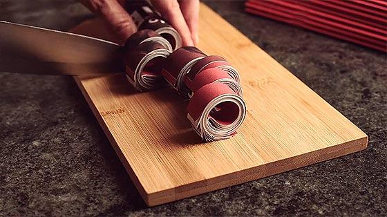料理の素材の使い方が面白いストップモーションのCM動画『 Super Interessante 』2