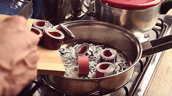 料理の素材の使い方が面白いストップモーションのCM動画『 Super Interessante 』3