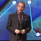 【動画】何度見ても分からない?!世界最高の天才スリ師アポロ・ロビンス氏の妙技が素晴らしいTEDでの講演