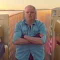 【動画】ジャン=クロード・ヴァン・ダムが2台のボルボのトラックの上で大開脚!の映像をカナダ・トロント市長Rob Fordがやってみた!【ネタ】