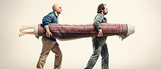 車両を上から見下ろした映像を表示する『エリアビュー』の良さを伝える、フォルクスワーゲンのポスター広告